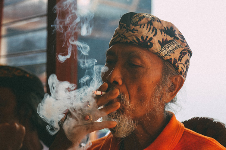 Nicotine cultural