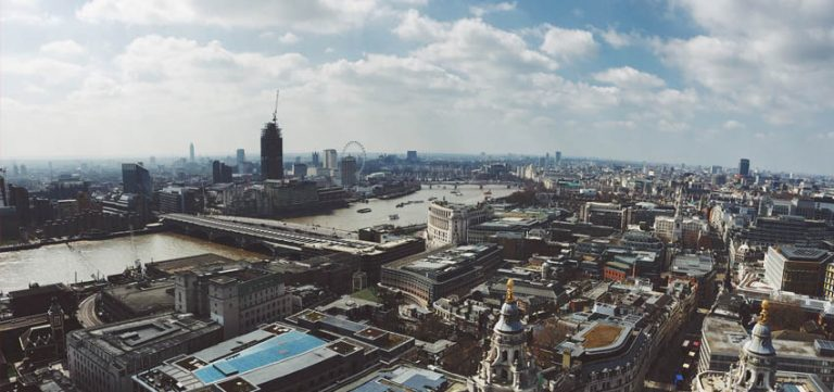 Image for Graduate Nurse To Property Paralegal – How Nursing Overseas Opened My Eyes (Part One)