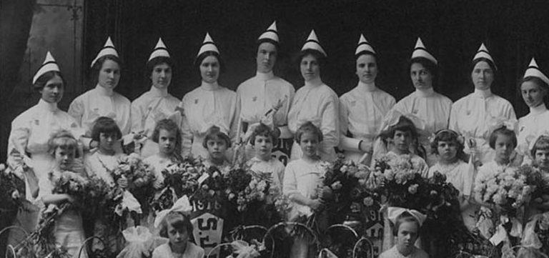 Image for 11 Decades of Nurse's Uniforms