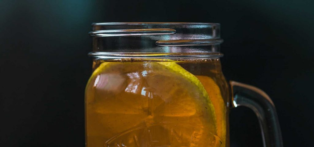 Cover image for article: The Kombucha Tea Health Trend – What Does the Evidence Say?